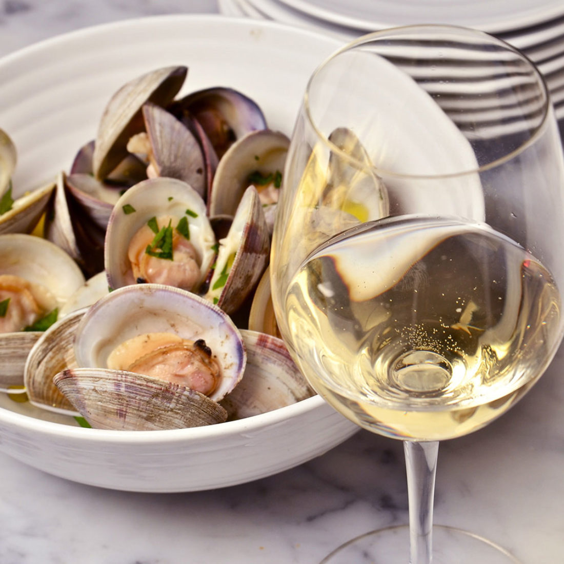 Steamed Clams and Chilled Grillo from Sicilia DOC